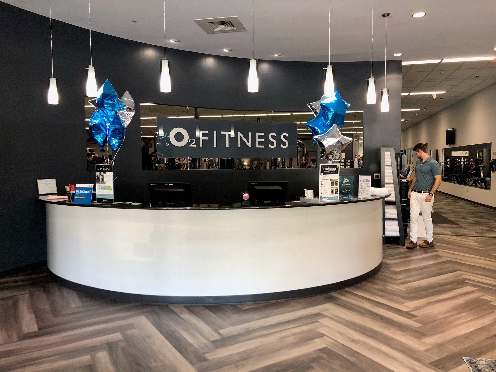 O2-Fitness-Brennan-Station-Lobby