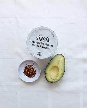 Healthy-Memorial-Day-Recipe-Avocado-Dip